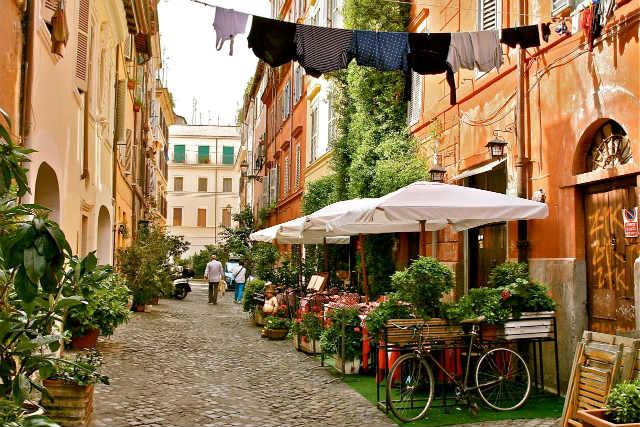 Calles típicas de Trastévere - Destino y Sabor
