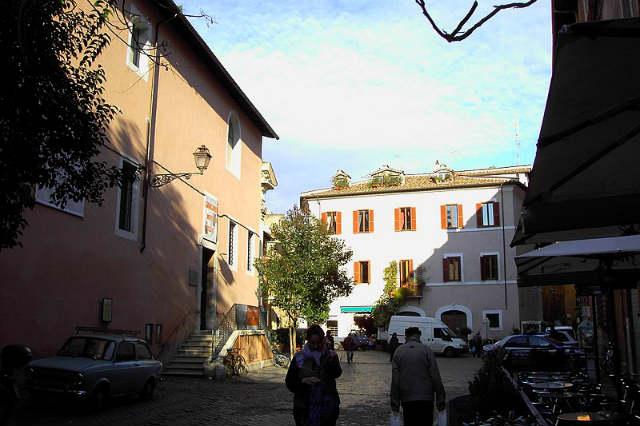 Piazza Sant'Egidio - Imagen de Wikipedia