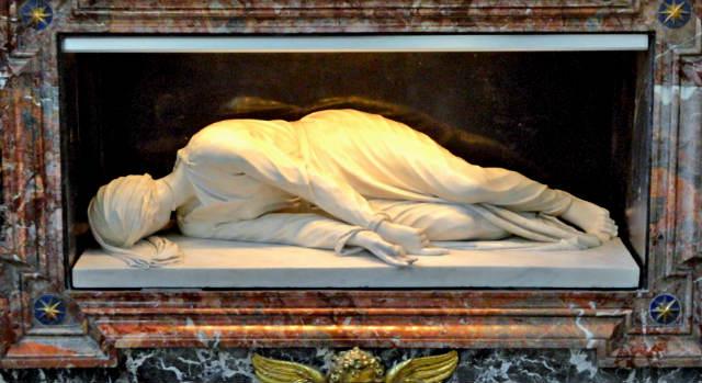 Santa Cecilia decapitada de Stefano Maderno - Destino y Sabor