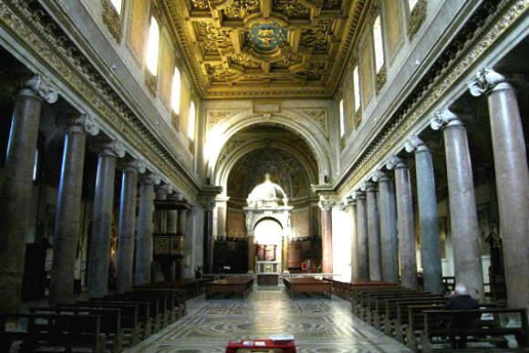 Interior de la Chiesa di Sant'Agata in Trastevere - Imagen de Roma Art Lover