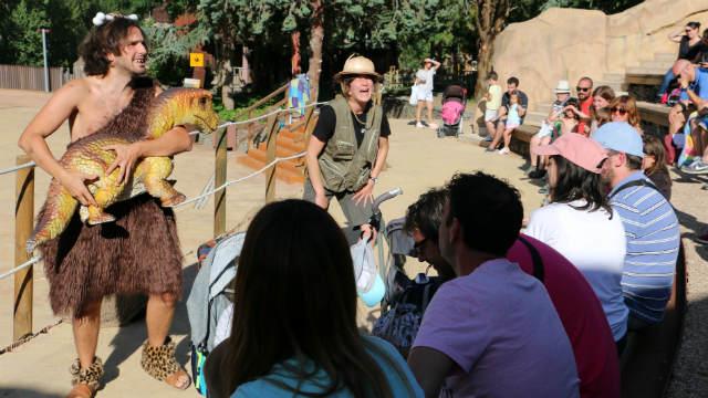 Espectáculo por la tarde en El Barranco Perdido - Destino y Sabor