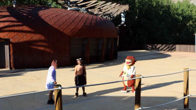 Zona de espectáculos en El Barranco Perdido - Destino y Sabor