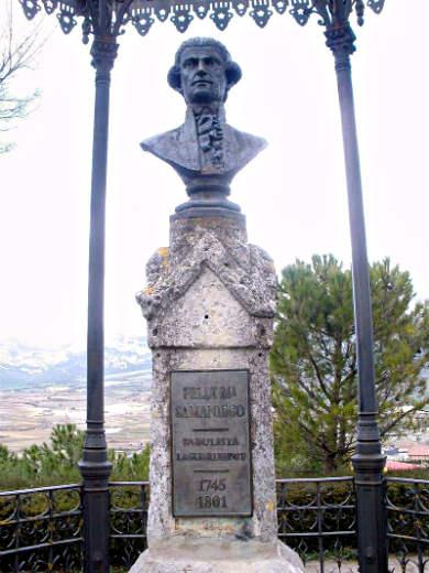 Monumento al fabulista Félix María de Samaniego en Laguardia - Imagen de Zarateman