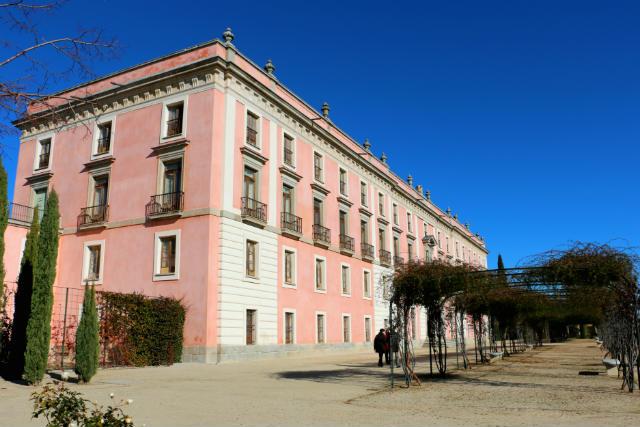 Fachada posterior del Palacio de Boadilla del Monte - Destino y Sabor