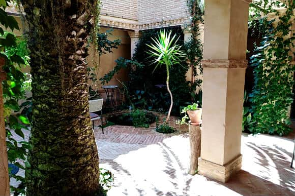 Patio interior de la Casa Rural la Venta del Arriero - Imagen del hotel