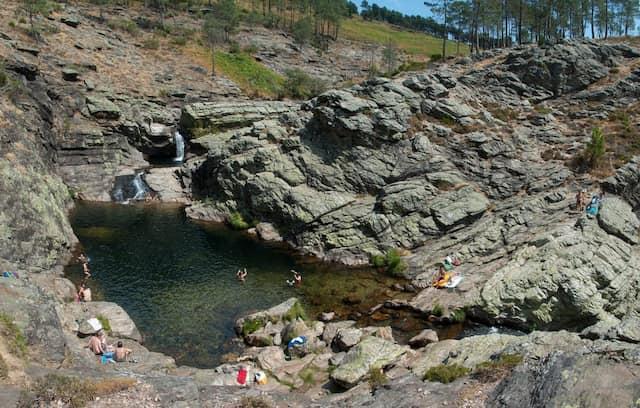 Piscinas naturales del Parque Natural do Alvão - Imagen de Porto e Norte