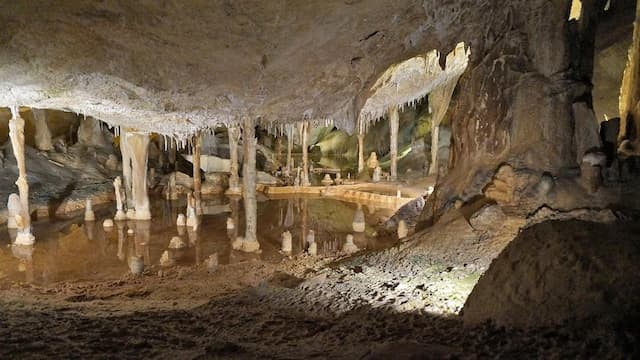 Cuevas de C'an Marça